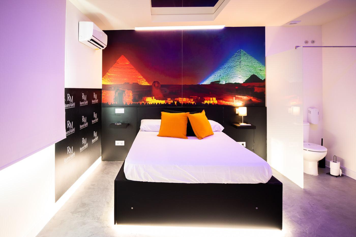 Rooms madrid  El Cairo