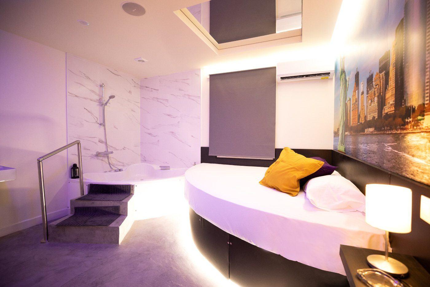 Rooms madrid  New York